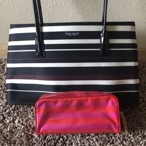 Kate spade striped purse with free pouch!!